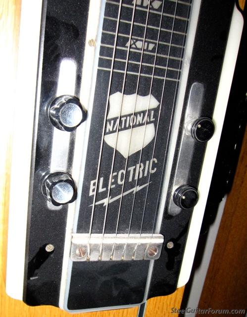 National New Yorker lap steel variant 4