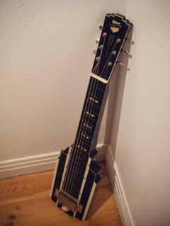 National New Yorker lap steel variant 6